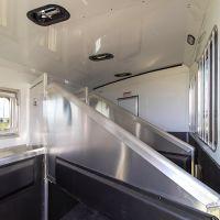 Exiss-Endeavor-8310-Horse-Stalls-71019